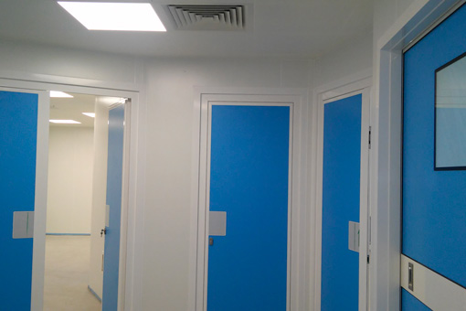 Corridor of the operating theater and IFV laboratory Genesys Clinic in Bucharest, Romania -view 03